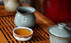 Puer tea in the cup