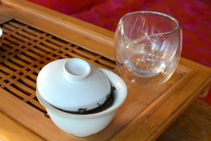 White gaiwan with white tea